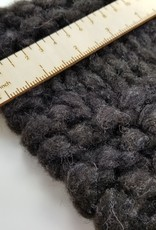 Prairie Wool 8 oz bulky pencil roving 02 lt grey