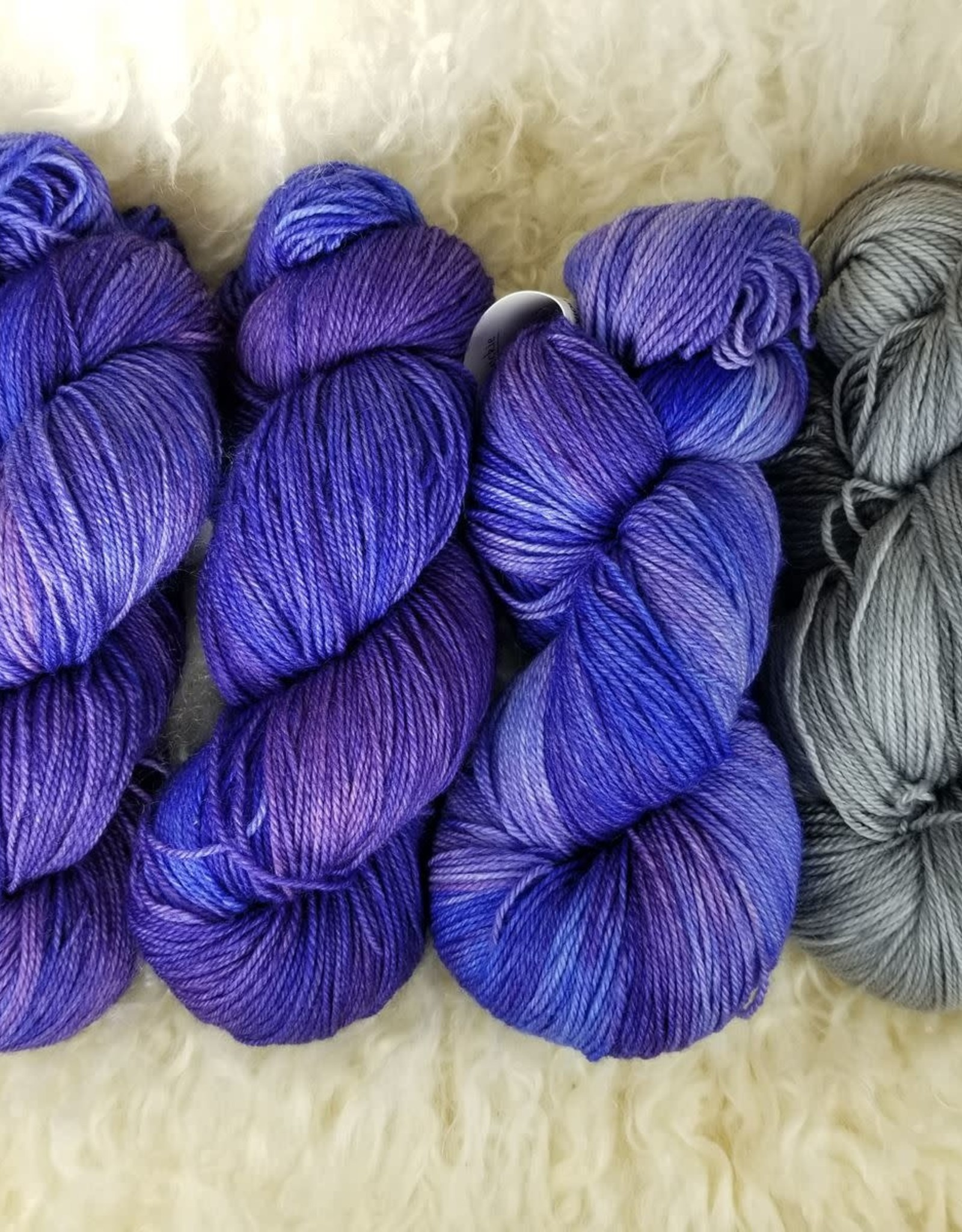 "Palouse Yarn Co KIT Darkwater Pullover UltraViolet 3+1 skein, fit to sz 40.75"" bust"