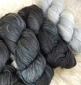 """Palouse Yarn Co KIT Darkwater Pullover Blue Moon.Airstream 3+1skein, fit to sz 40.75"""" bust"""