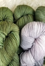 """Palouse Yarn Co KIT Darkwater Pullover Granny Smith 4+1skein, fit to sz 53.75"""" bust"""