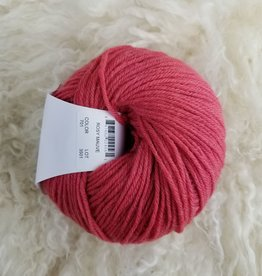 Universal Yarns Deluxe Worsted SW 100g 701 rosy mauve