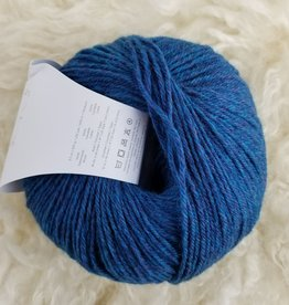 Universal Yarns Deluxe SW teal rustic