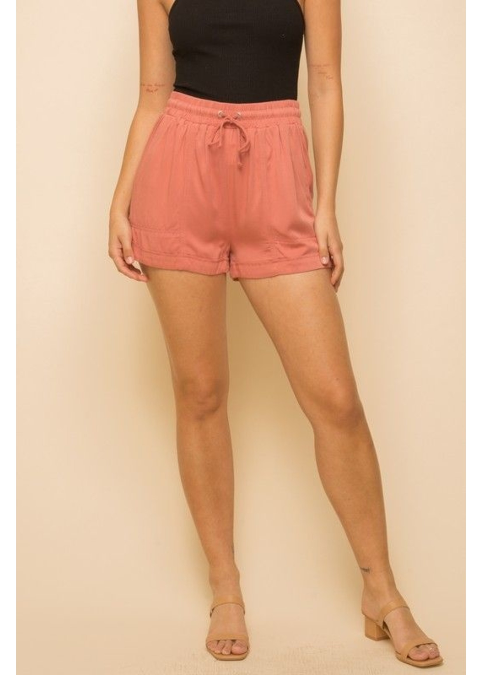 Hem & Thread Lahna Shorts Red