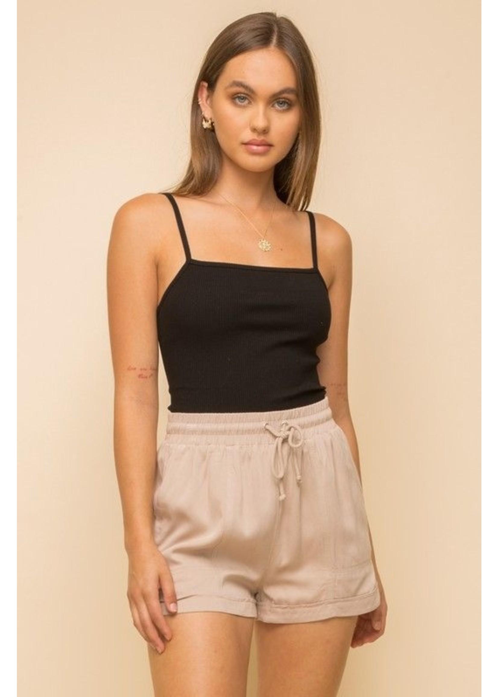 Hem & Thread Lahna Shorts Taupe