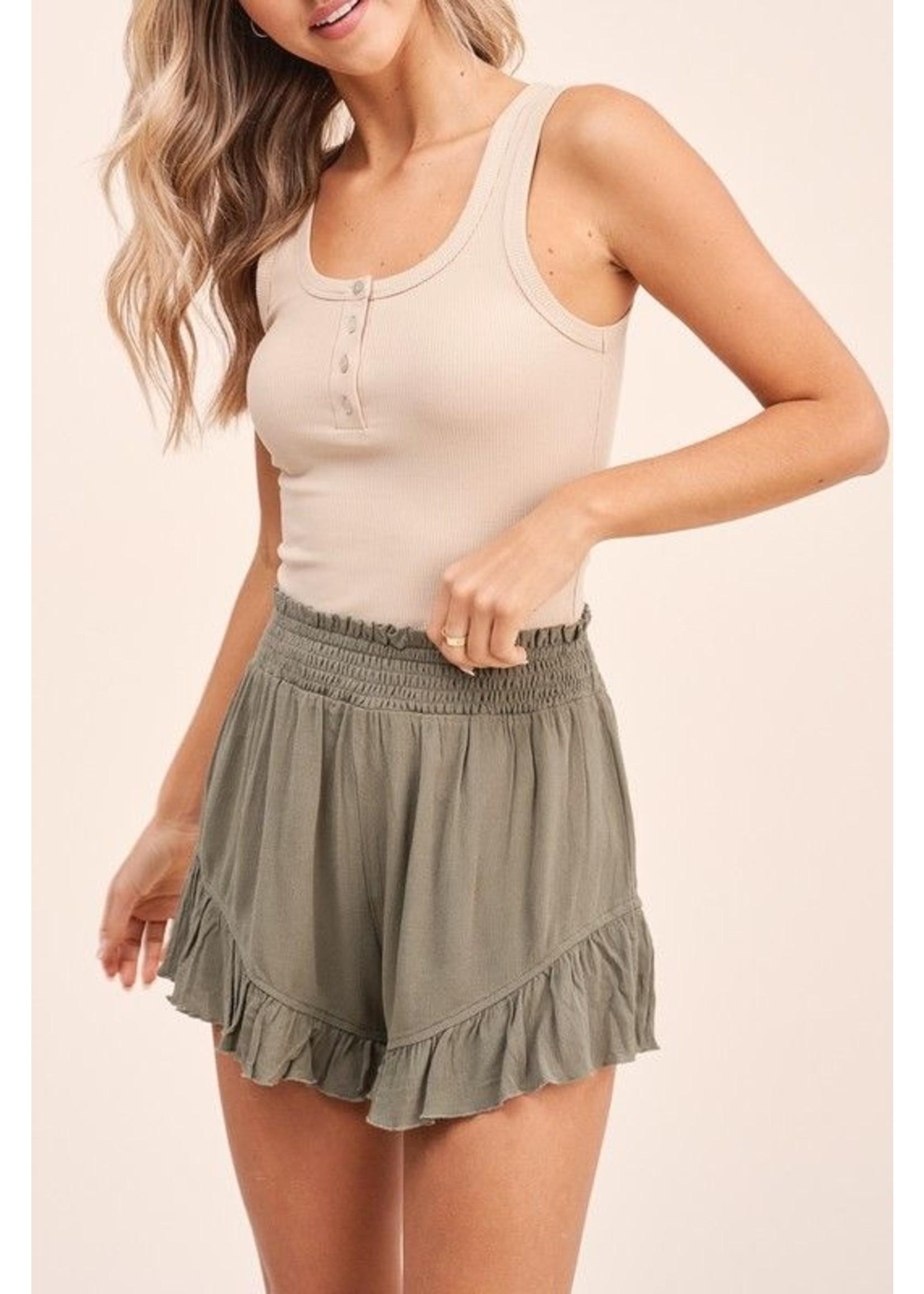 LA MIEL Kaylee Shorts Olive