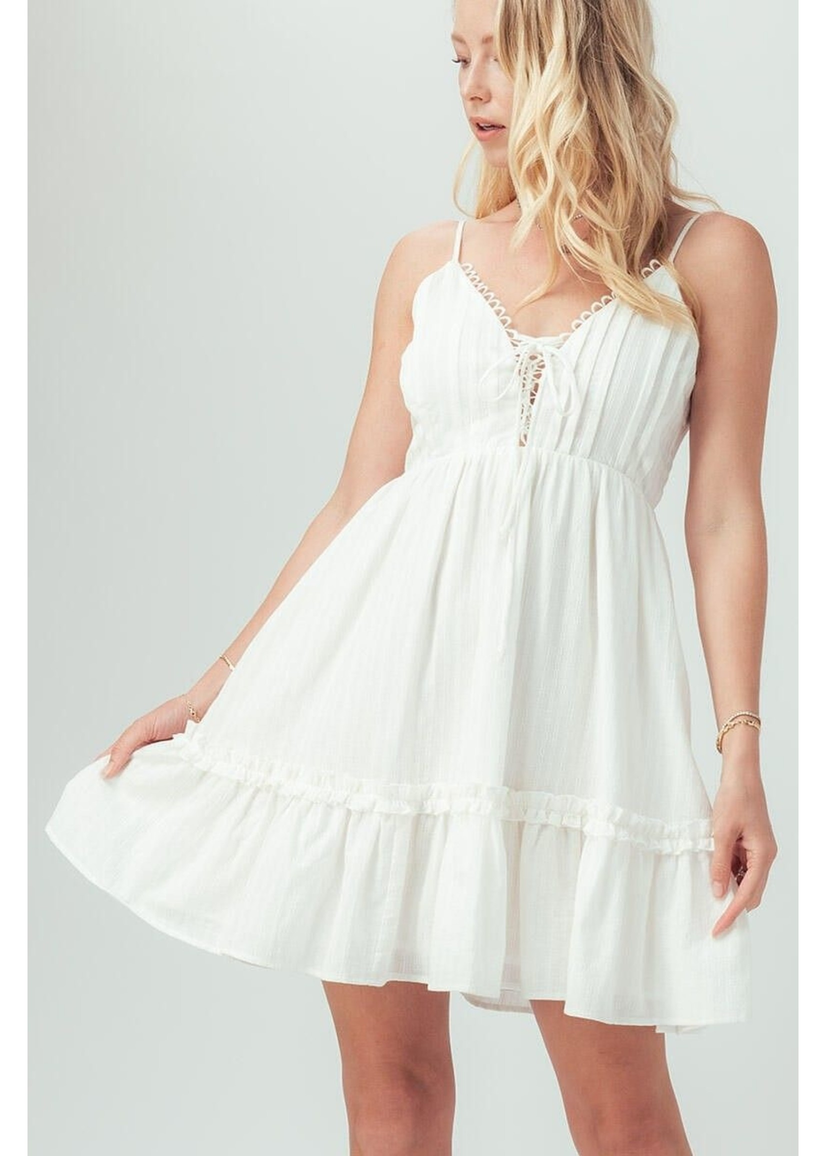 trend : notes Faith & Light Dress White