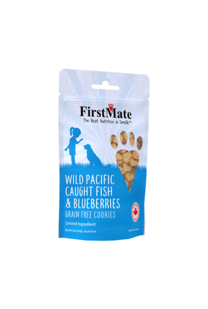 First Mate Fish With Blueberries Biscuits 8oz
