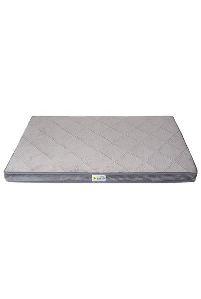 Diamond Bed Gray Medium 23X35