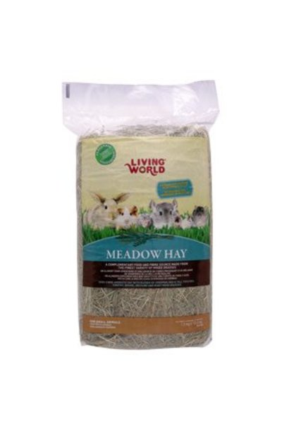 Living World Fresh Meadow Hay - 1.5 kg (3.3 lb)