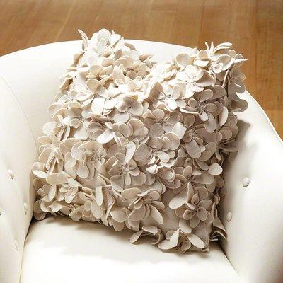 Global Views Komaki Pillow-Ivory