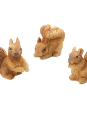 Darice Mini Resin Squirrels