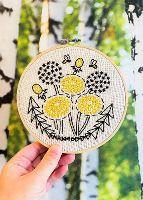 Hook, Line & Tinker Embroidery Kit Bee Kind Dandelion