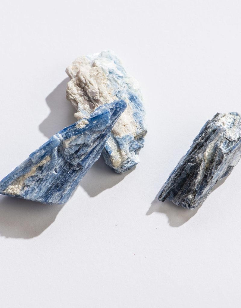 """GeoCentral Blue Kyanite 1"""" - 1.25"""""""