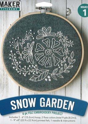 Leisure Arts Mini Maker Felt Embroidery Snow Garden