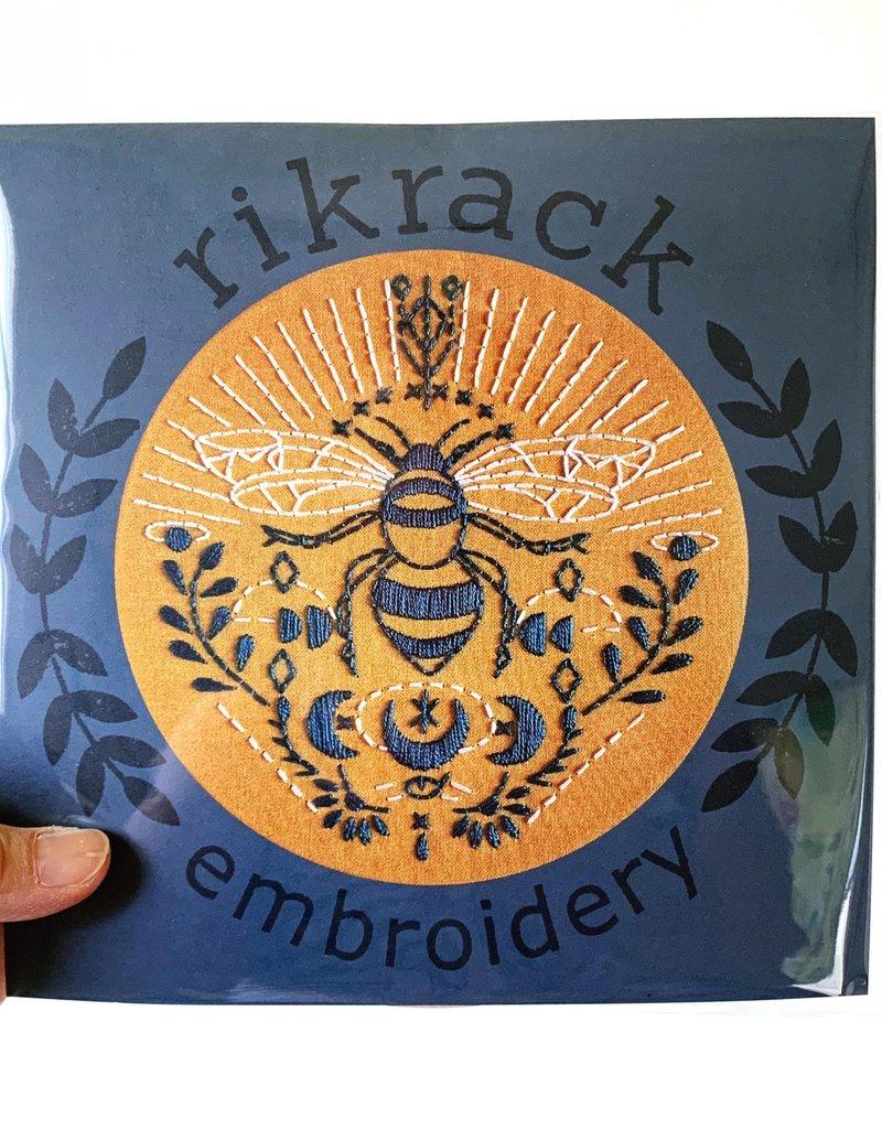 Rikrack Embroidery Kit Bee