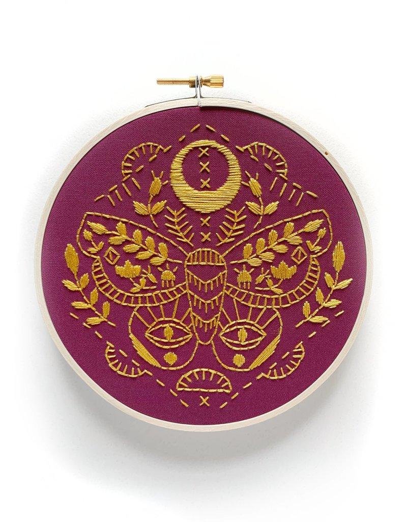 Rikrack Embroidery Kit Mythic Moth