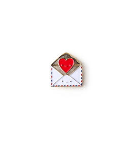 Ilootpaperie Enamel Pin Send Love Snail Mail Envelope with Heart