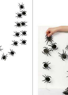 collage Paper Banner Spider 13 Feet