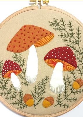 Corinne Lapierre Limited Felt Craft Mini Kit Toadstool  Appliqué