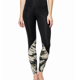 Electric and Rose Loyola Legging