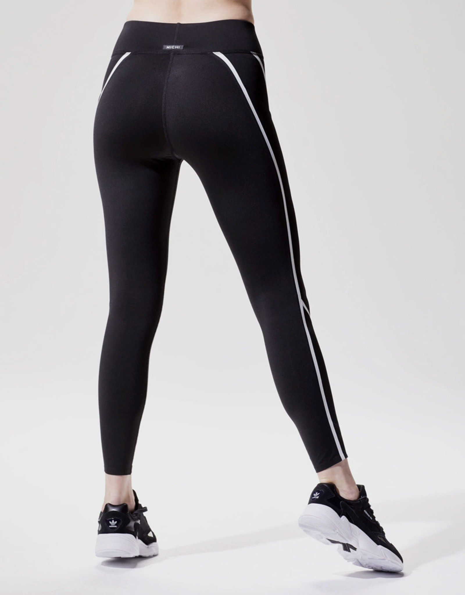 Michi Linear Legging