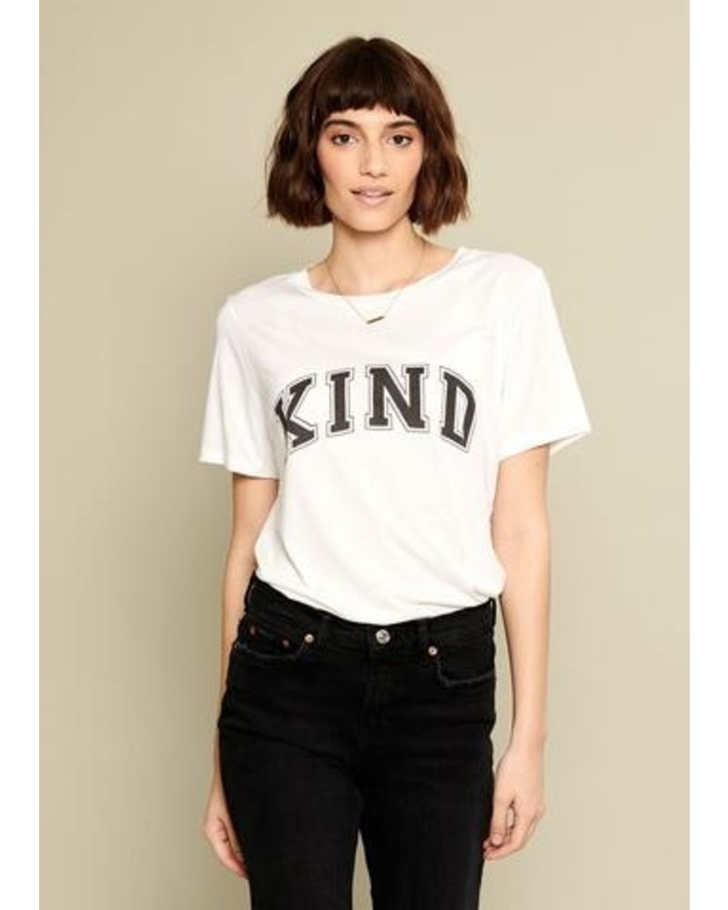 SOUTH PARADE Be Kind T-Shirt