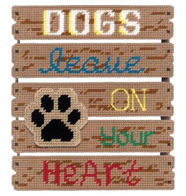 "Janlynn Pallet-Ables Plastic Canvas Kit 10.5""X11.5""X1.25"" Dogs Leave Pawprints/On Heart (7 Count)"