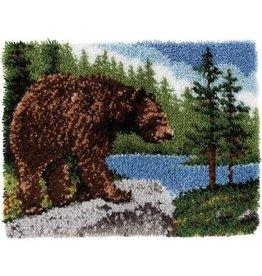 "Wonderart Classics Latch Hook Kit 20""X30"" Grizzly Bear"
