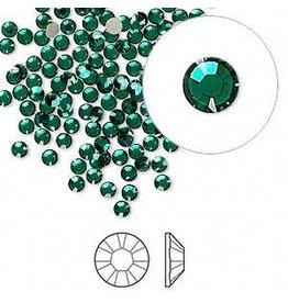 Flat back, Swarovski® crystal rhinestone, emerald, foil back, 2.5-2.7mm Xilion rose (2058), SS9. Sold per pkg of 144