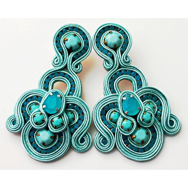 Treasure Jewels Fan Soft Aqua Earrings-20