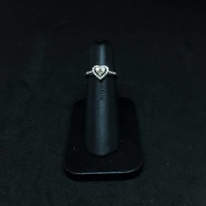 Amour 14k White Gold 0.40ct Engagement Ring