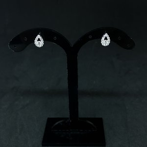 Amour 14k White Gold 0.35ct Pear Cluster Studs