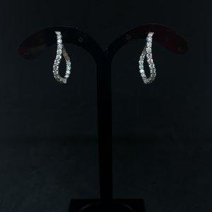 Amour 14k White Gold 1.00ct Diamond Oval Hoop Earrings