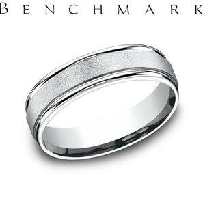 Benchmark RECF760210KW