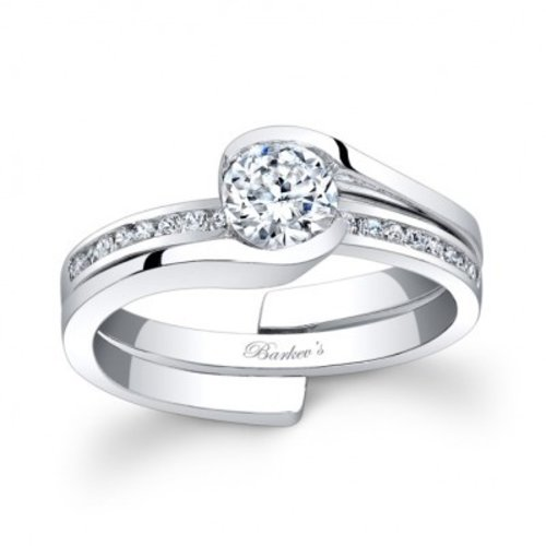 Barkev's 7822S Wedding Set