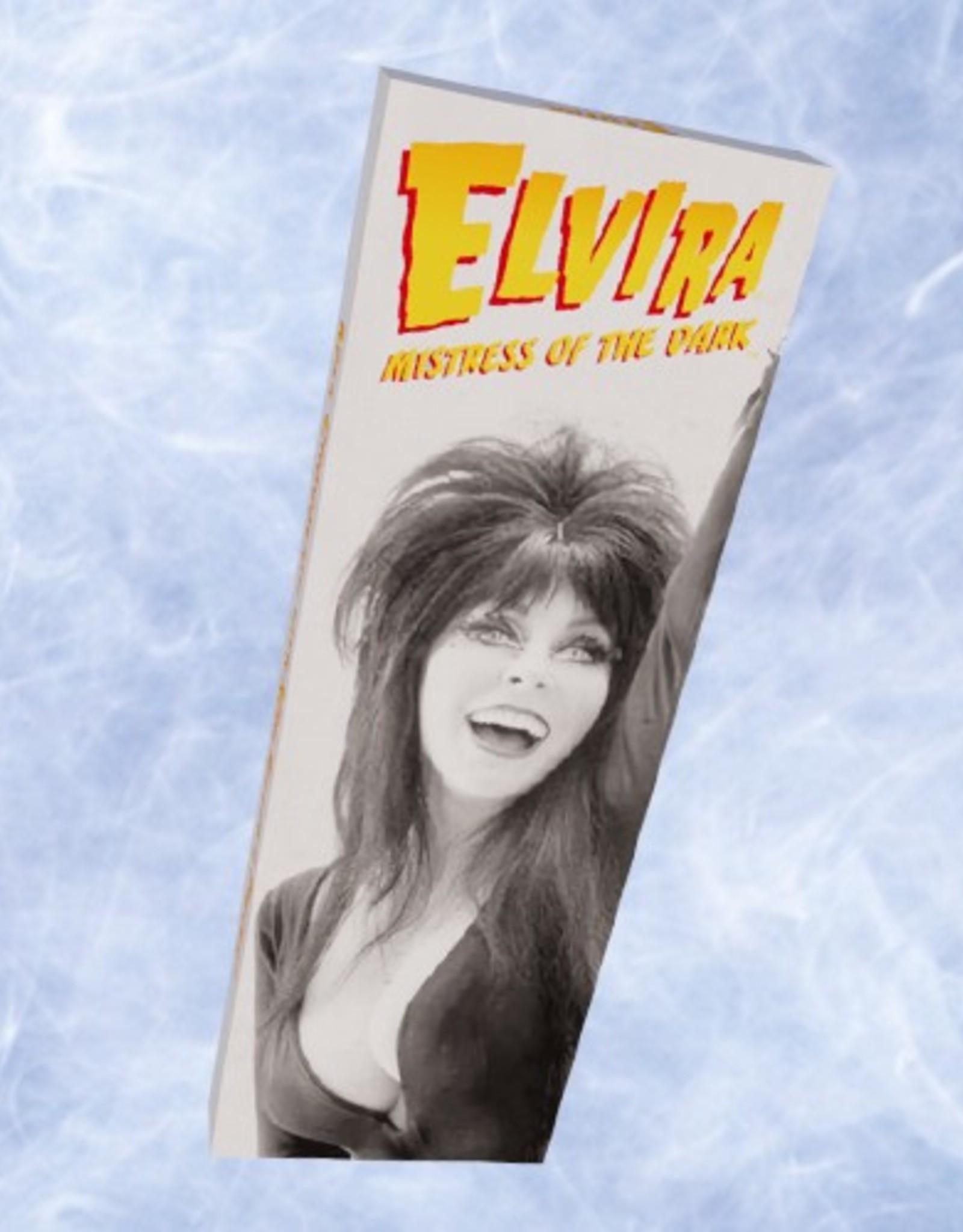 Elvira Milk Chocolate Bar w/ Mini Reese's Pieces