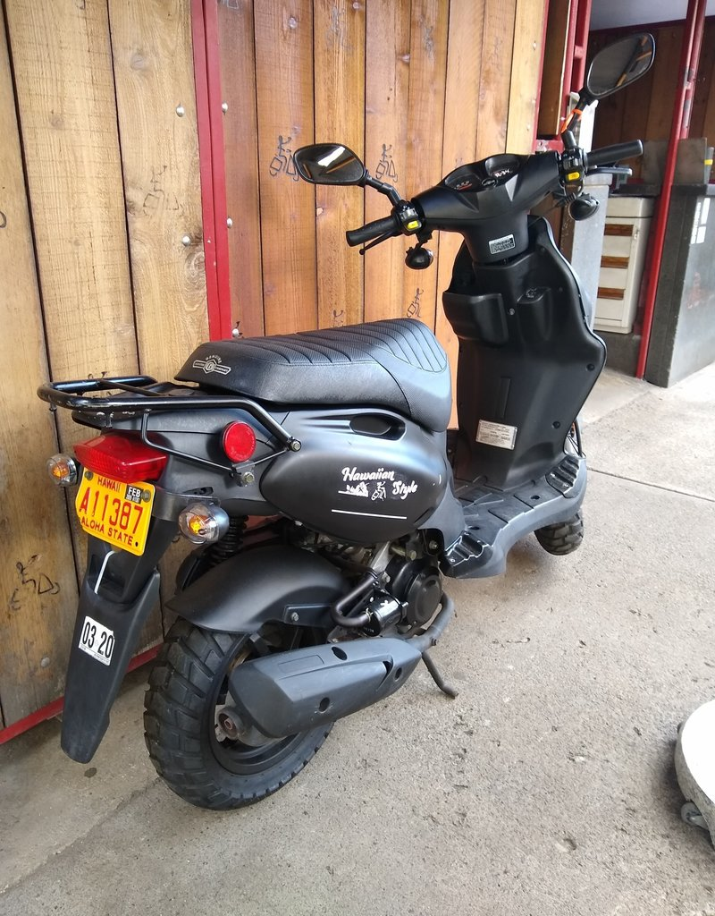 Genuine Scooters 2019 Black Genuine Roughhouse (#R-34)