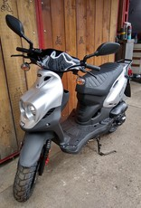 Genuine Scooters 2020 Silver Genuine Roughhouse 50cc Moped