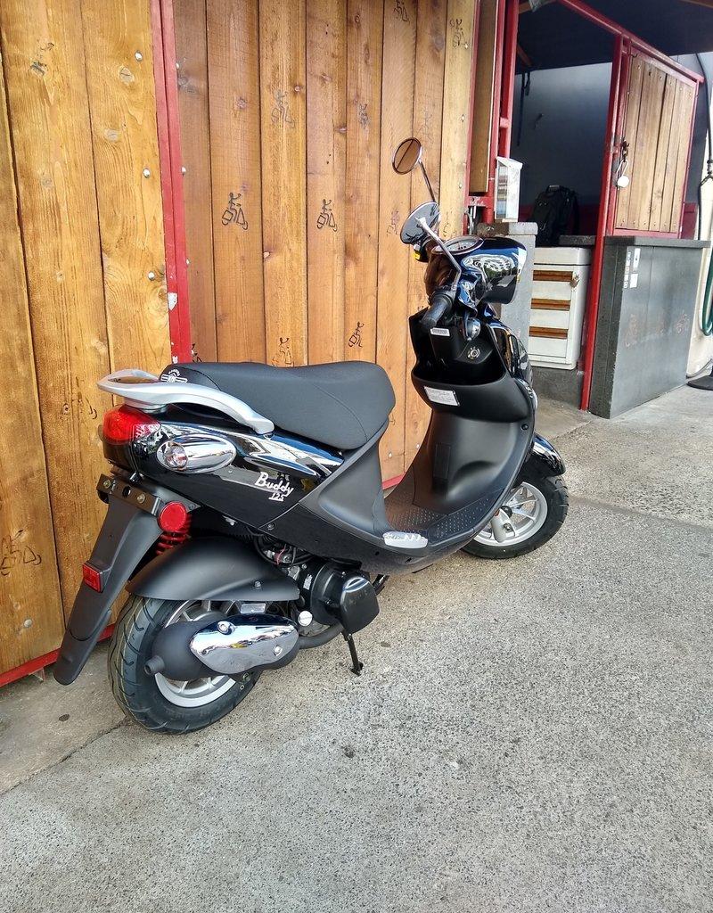 Genuine Scooters 2021 Black Genuine Buddy 125cc Scooter