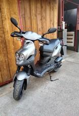 Genuine Scooters 2020 Matte Titanium Genuine Roughhouse Sport 50cc Moped