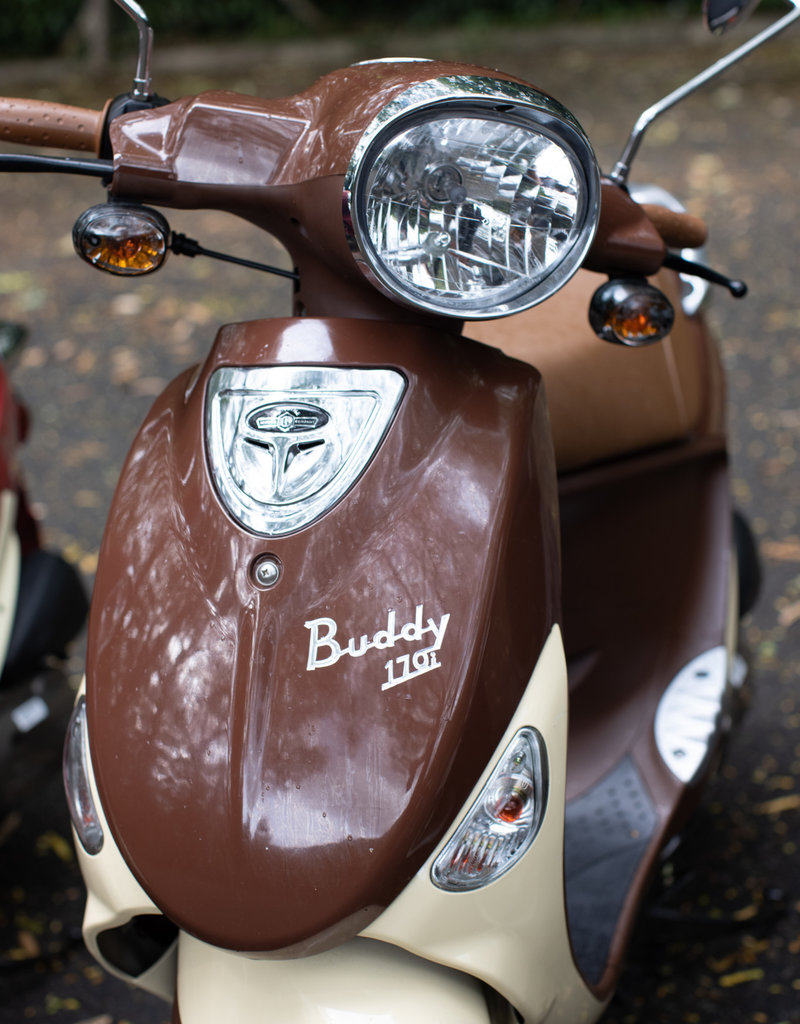 Genuine Scooters 2021 Mocha Genuine Buddy 170i Scooter
