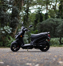 Genuine Scooters 2021 Matte Black Genuine Hooligan 170i Scooter