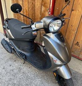 Genuine Scooters 2021 Titanium Gloss Genuine Buddy 50cc Moped (#50)