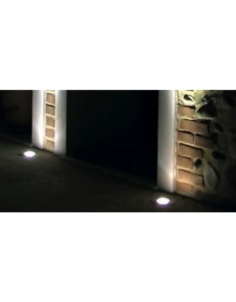 Linea Orma Round Stainless Outdoor Recessed Uplight