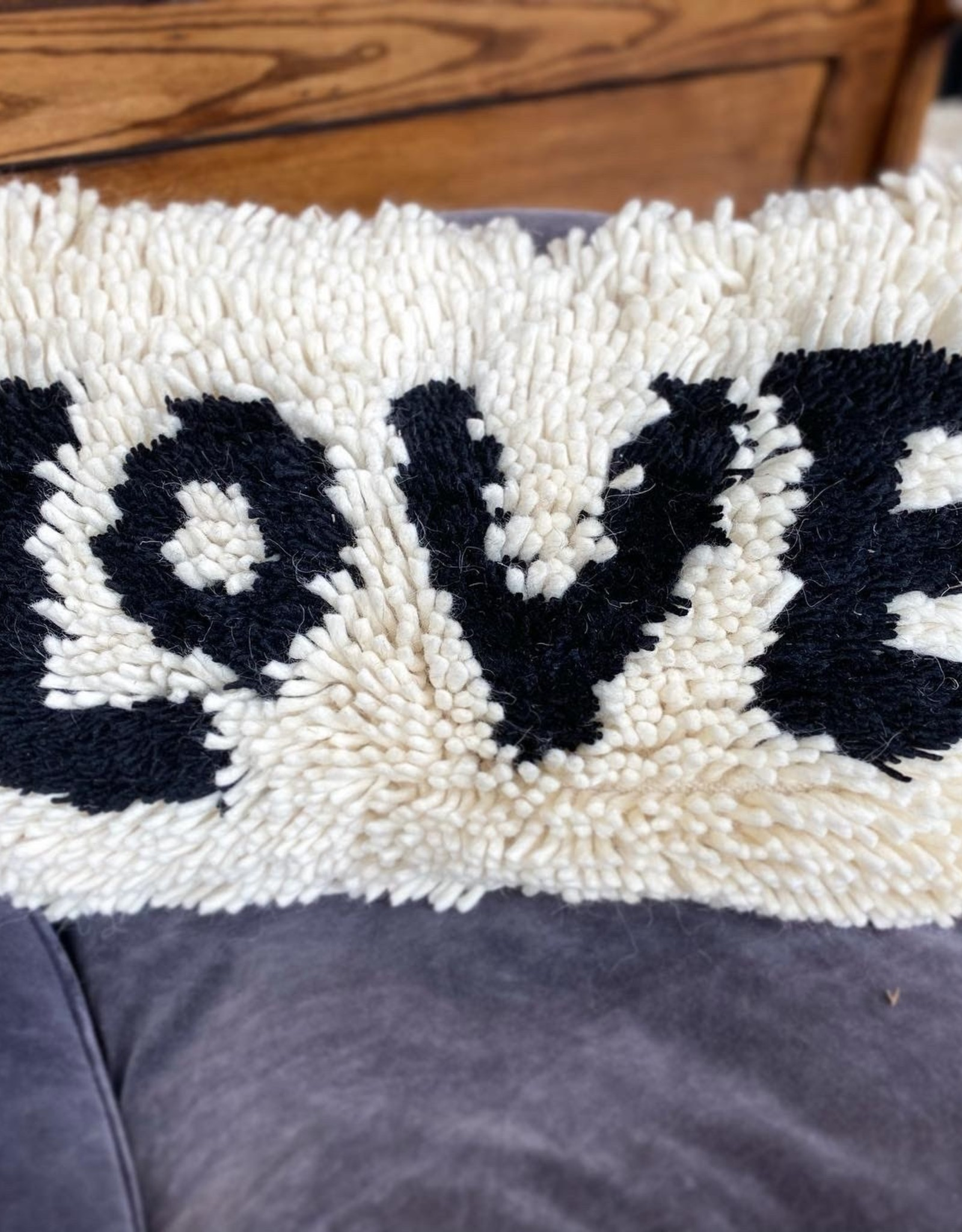Creative Co-Op Wool Shag Love Pillow - Blk/Cream