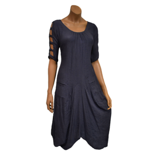Passions d'ailleurs D04b Mid-Long Dress Puffed in Bottom, 3/4 Sleeves with Holes