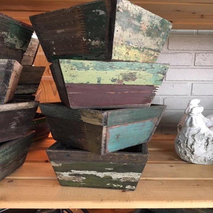 Pot Square Medium Planter 7x4 Reclaimed Wood