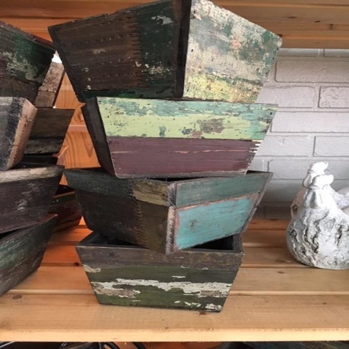 Pot Square Medium Planter 7x4 Reclaimed Wood