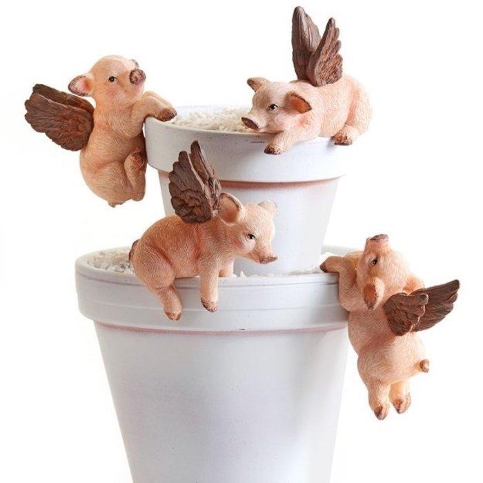 Pot Hugger / Hanger Winged Pig Asst 3x1x3