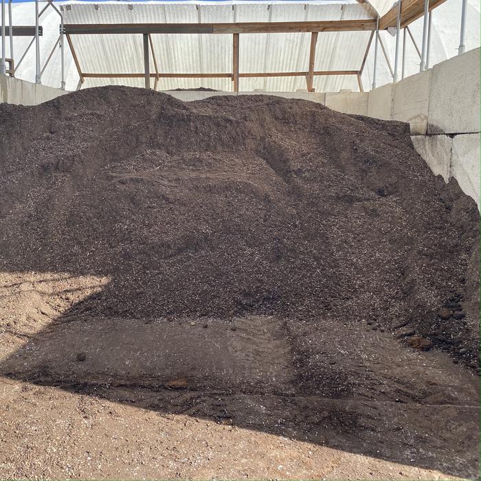 Bulk EarthMix® Proganix™ - O Outdoor 1.25 cuyd  Professional Organic Grower's Mix (4 Scoop Maximum Per Delivery  1 Bulk Product Per Delivery)